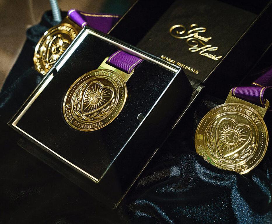medallion-1