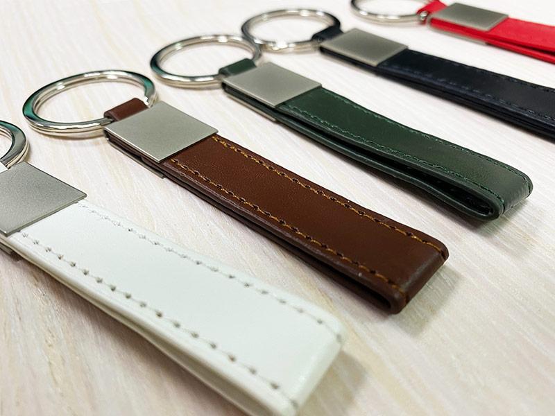 custom-leather-keychain-8